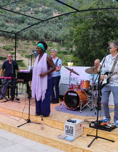 2017.07.22 - 02 Sheela & Palma Groove