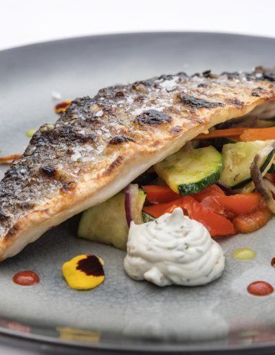 restaurante-deia-mallorca-can-quet-lubina-salsa-remoulade-1